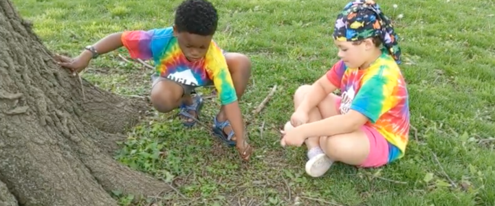 Kids engaging in Unstructured Play